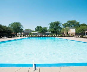 Pool, The Preserve at Woodfield