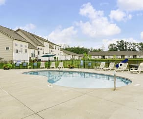 Pool, Residences at Wheaton Village