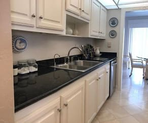Kitchen, 951 De Soto Road 325