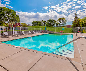 Pool, The Summit Townhomes