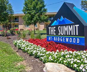 Community Signage, The Summit at Ridgewood