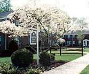 Building, Garfield Park Apartments