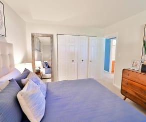 Bedroom, Northampton Apartment Homes