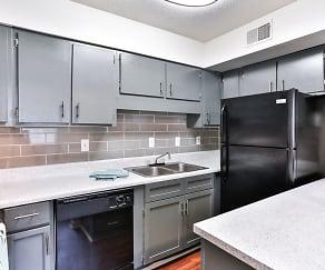 Kitchen, Villas at Riverview