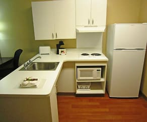 Kitchen, Furnished Studio - New Orleans - Airport