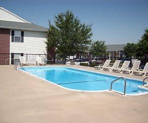 Pool, Mountain Boulevard Apartment Homes