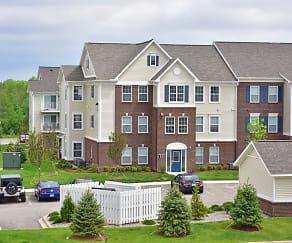 Building, River Hills Apartments