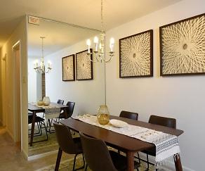 Dining Room, Village Of Pine Run