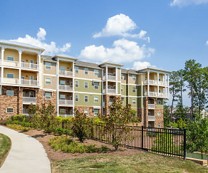 Building, Crowne at Cary Park