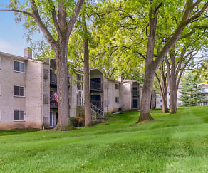 Building, Wynnewood Park Apartments