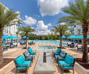Ciel Luxury Apartments - Jacksonville, FL - Outdoor Fire Pit, Ciel Luxury Apartments