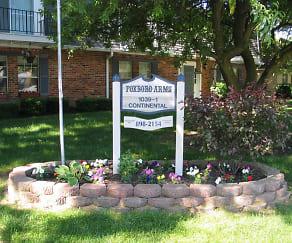 Community Signage, Foxboro Arms Community