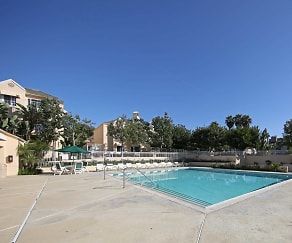 Pool, Huntington Beach Ocean Towers