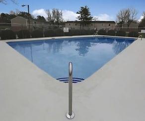 Pool, Ashley Woods