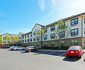 Building, Furnished Studio - Sacramento - West Sacramento