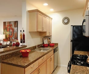 Kitchen, Hill Brook Place Apartments