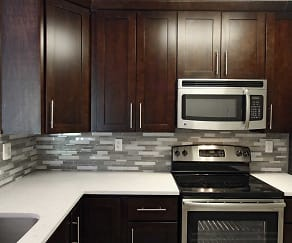 Kitchen, Loudoun Heights Apartments