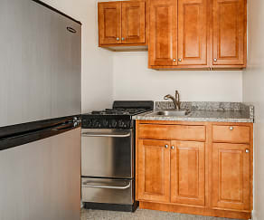 Kitchen, 5036 N Sheridan