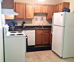 Harper's Landing Apartments, Green Oaks, Newport News, VA