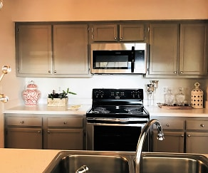 Kitchen, 300 Hickory