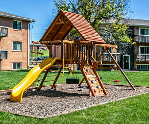 Playground, Oak Creek Apartments