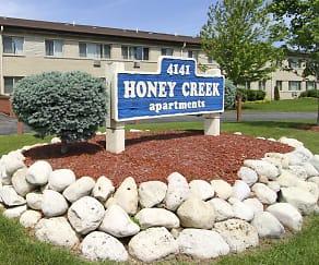 Community Signage, Honey Creek Apartments
