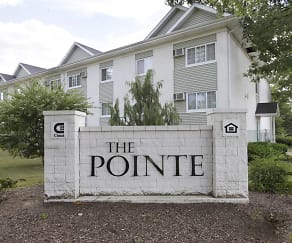 Community Signage, The Pointe at Cedar Rapids
