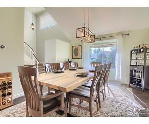 Dining Room, 893 Welsh Ct