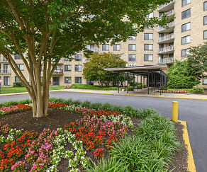 Plaza Towers Apartments, Langley Park, MD