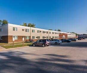 Amberwood Court Apartments - Grand Forks, ND, Amberwood Court