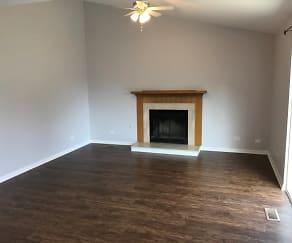 Living Room, 746 Crossland Drive