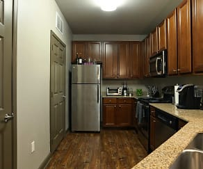 Kitchen, Kingston Crossing Apartment Homes