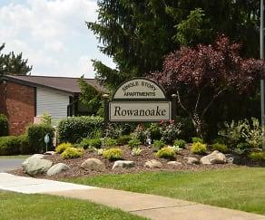 Landscaping, Rowanoake Apartments