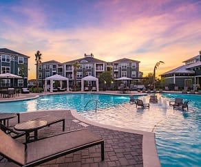 Pool, Southfork Lake Apartments