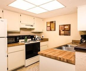 Kitchen, Woodland Villas