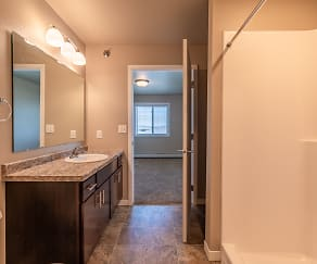 Bathroom, Cottage Grove Apartments & Townhomes