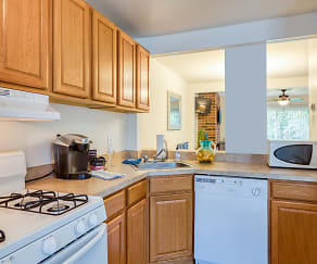 Kitchen, Ivy Gates Apartments