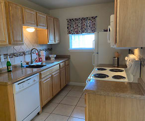 Kitchen, Eastgate Ridge Apartments