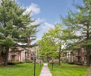 Recreation Area, Fernwood Apartments