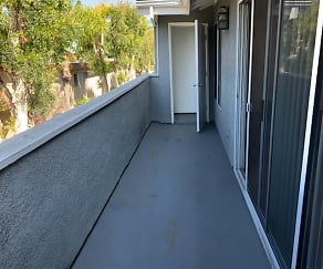 Patio / Deck, Newporter