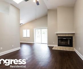Living Room, 1041 Vernon Loop