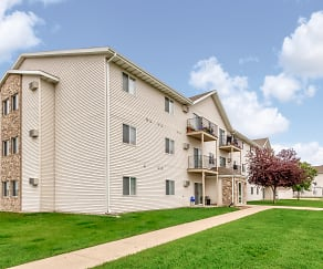 Building, Wheatland Place Apartments & Townhomes