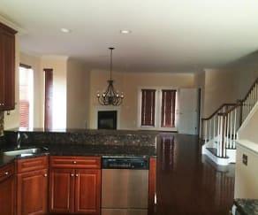 Kitchen, 400 East Elm