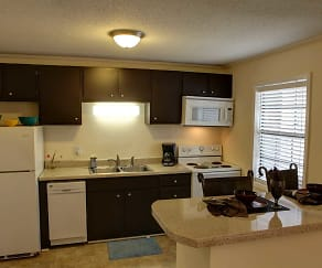 Kitchen, Parkway Place Apartments