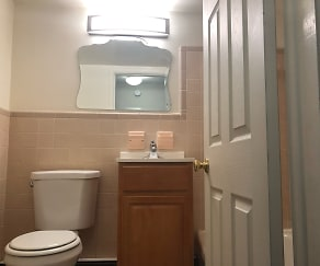 Bathroom, Glenmore Place Apartments