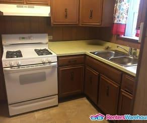 Kitchen, 512 Wood St