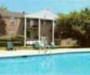Pool, Oak Hill Apartments