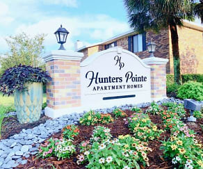 Community Signage, Hunters Pointe