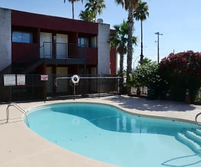 Pool, Mountain Ridge