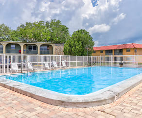 Pool, Windtree Apartments